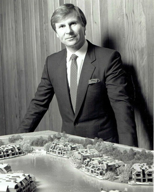David Irmer with the model for Point Tiburon, 1985